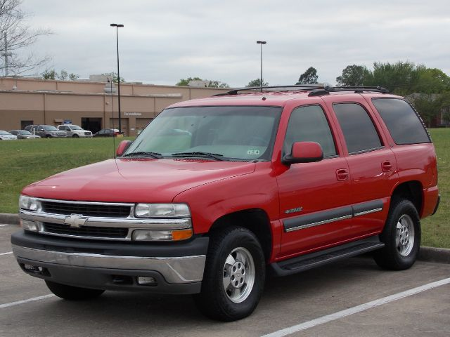 2002 CHEVROLET TAHOE 2WD red  all internet prices are reduced for cash cashiers check or same