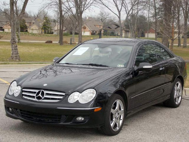 2007 MERCEDES-BENZ CLK-CLASS CLK350 COUPE black  all internet prices are reduced for cash cash