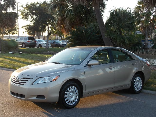 2009 TOYOTA CAMRY LE 5-SPD AT gold  all internet prices are reduced for cash cashiers check o