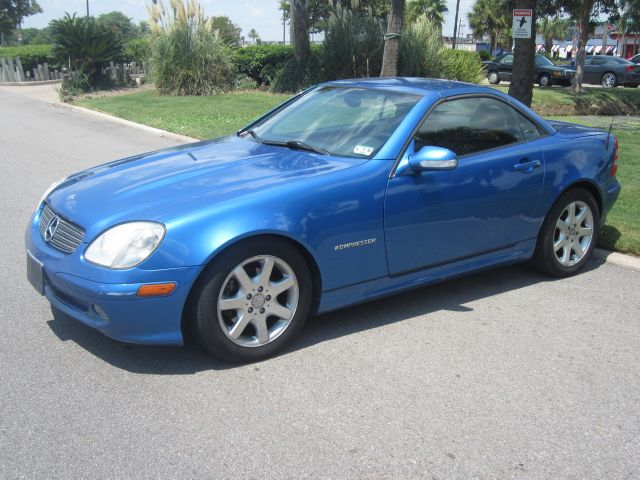 2001 MERCEDES-BENZ SLK-CLASS SLK230 KOMPRESSOR blue  all internet prices are reduced for cash 
