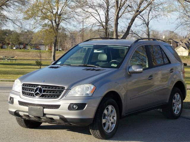 2006 MERCEDES-BENZ M-CLASS ML350 silver  all internet prices are reduced for cash cashiers ch