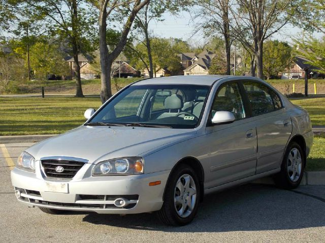 2006 HYUNDAI ELANTRA GLS 4-DOOR silver  all internet prices are reduced for cash cashiers che