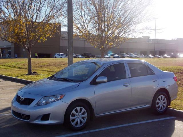 2010 TOYOTA COROLLA LE 4-SPEED AT silver  all internet prices are reduced for cash cashiers c