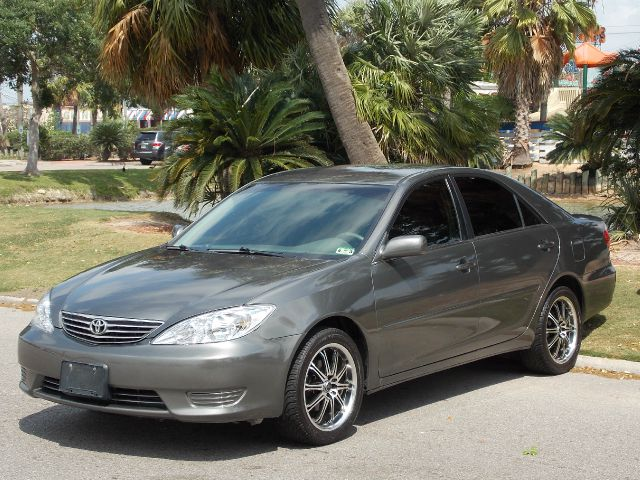 2006 TOYOTA CAMRY LE gray  all internet prices are reduced for cash cashiers check or same as