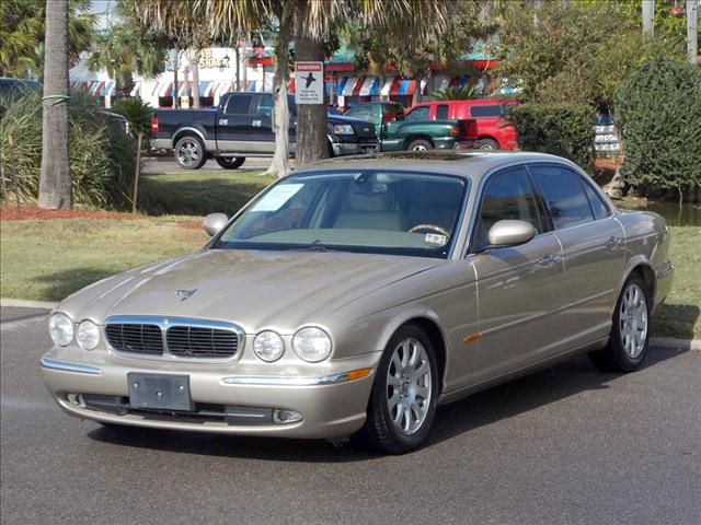 2004 JAGUAR XJ8 XJ8 quartz metallic  all internet prices are reduced for cash cashiers check 