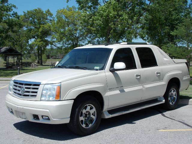 2005 CADILLAC ESCALADE EXT SPORT UTILITY TRUCK white  all internet prices are reduced for cash