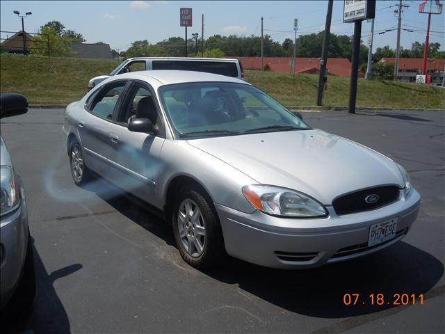 2006 Ford Taurus - Columbia, MO