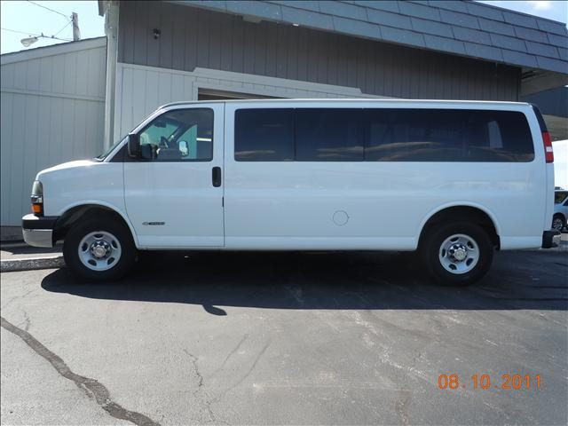 2005 Chevrolet Express - Columbia, MO