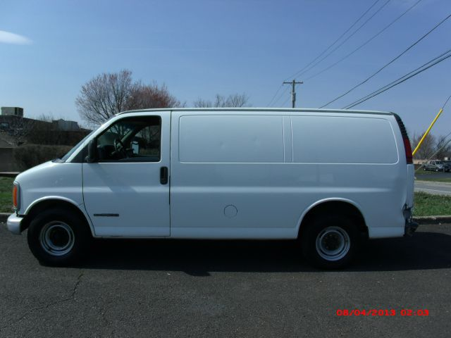 2001 GMC Savana