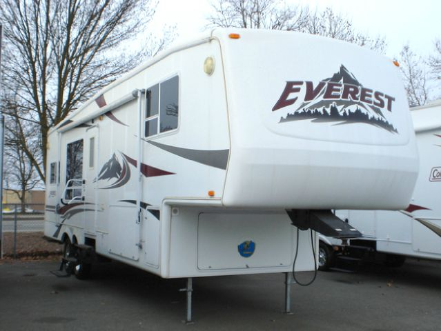 2004 KEYSTONE EVEREST 293P - Grants Pass, OR