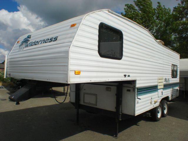 1996 FLEETWOOD WILDERNESS 21L5B