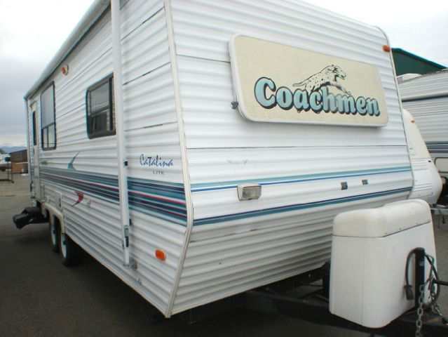 2000 COACHMEN CATALINA 252RKS