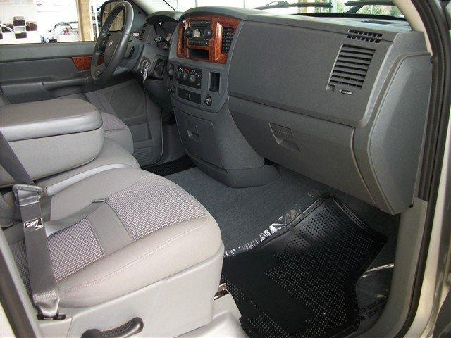 Image 3 of 2006 Dodge Ram 1500…