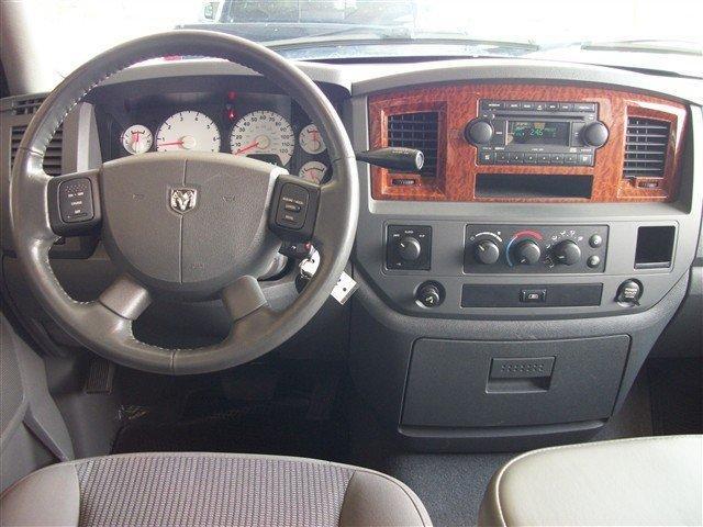 Image 7 of 2006 Dodge Ram 1500…