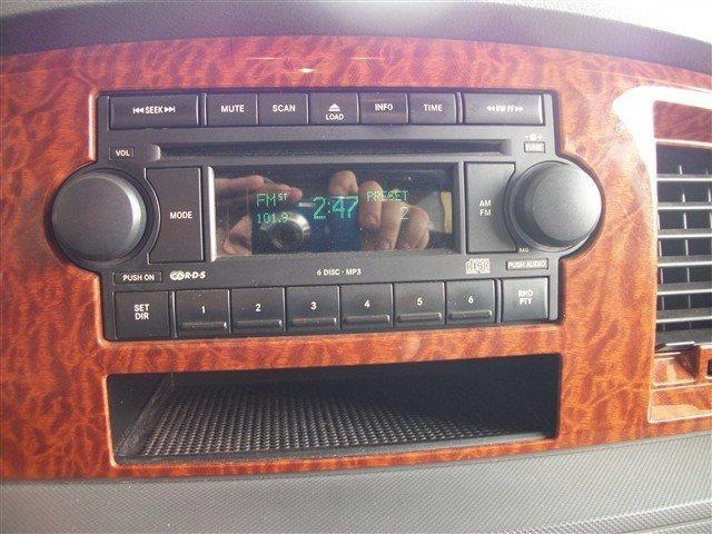 Image 8 of 2006 Dodge Ram 1500…