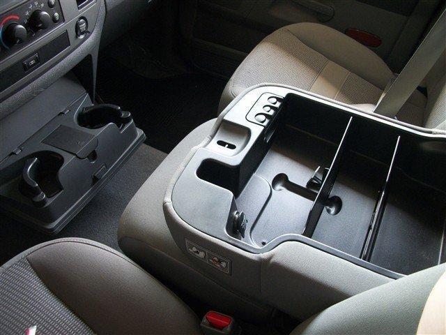 Image 10 of 2006 Dodge Ram 1500…