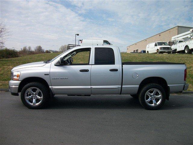 Image 21 of 2006 Dodge Ram 1500…