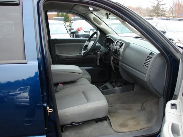 Image 2 of 2006 Dodge Dakota 8-Cylinder…