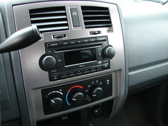 Image 13 of 2006 Dodge Dakota 8-Cylinder…