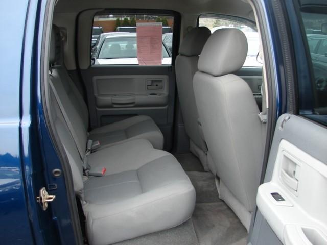 Image 16 of 2006 Dodge Dakota 8-Cylinder…