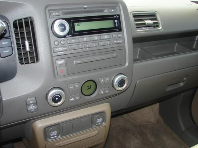 Image 10 of 2008 Honda Ridgeline…