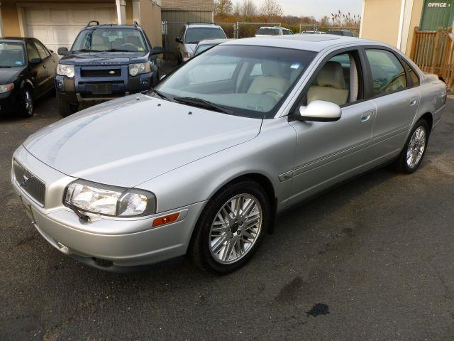2002 Volvo S80