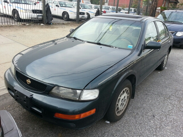 1995 Nissan Maxima