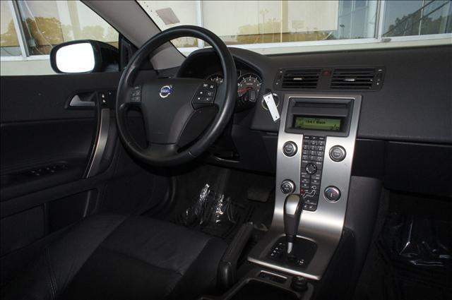 Image 6 of 2010 Volvo C70 C70 5-Cylinder…