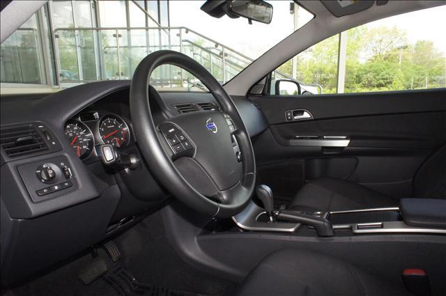 Image 5 of 2010 Volvo C30 C30 5-Cylinder…
