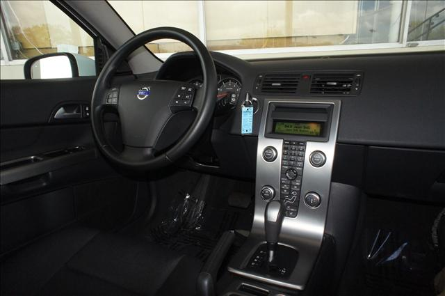 Image 6 of 2010 Volvo C30 C30 5-Cylinder…