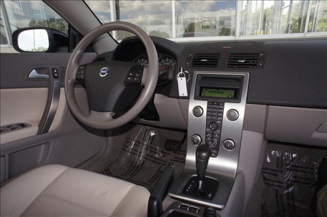 Image 6 of 2008 Volvo C70 C70 5-Cylinder…