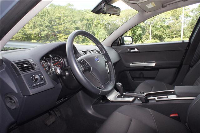 Image 5 of 2008 Volvo V50 2.5T…