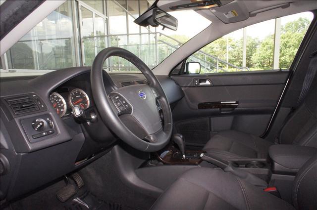 Image 4 of 2006 Volvo V50 2.4L…