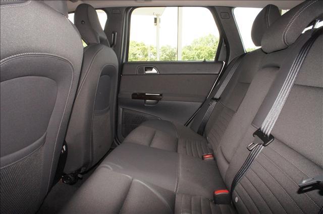 Image 6 of 2006 Volvo V50 2.4L…