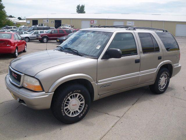 1999 GMC Jimmy or Envoy - Marion, IA
