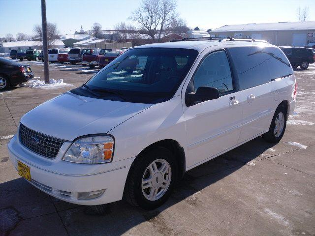 2005 Ford Freestar - Marion, IA