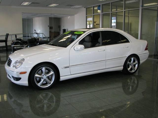 2006 mercedes benz c class 2100 fulton avenue sacramento ca 95825 cheap used cars for sale. Black Bedroom Furniture Sets. Home Design Ideas