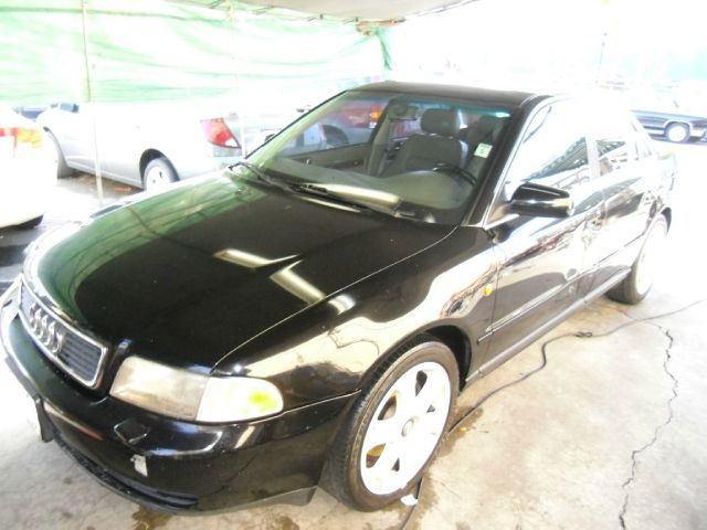 1998 AUDI A4 black 149762 miles VIN WAUDD28D7WA129112 