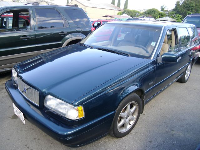 1997 VOLVO 850 SERIES green abs brakesair conditioninganti-brake system 4-wheel absbody style