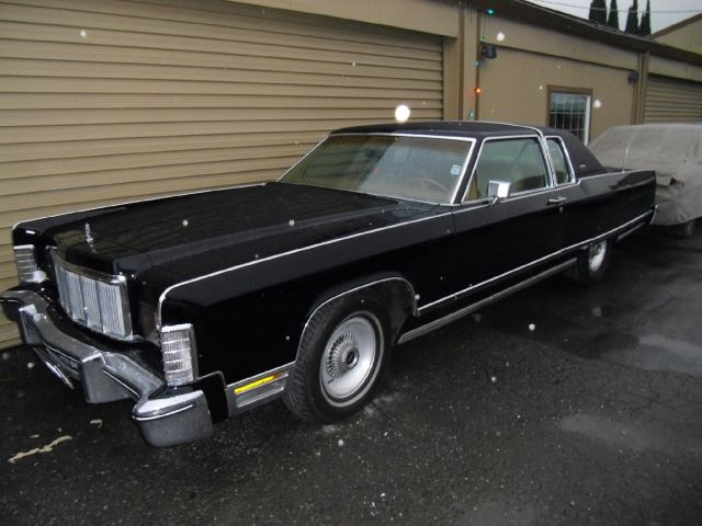 1976 LINCOLN TOWN CAR CARTIER black one owner 2 door 68000 miles VIN LINCOLN1 