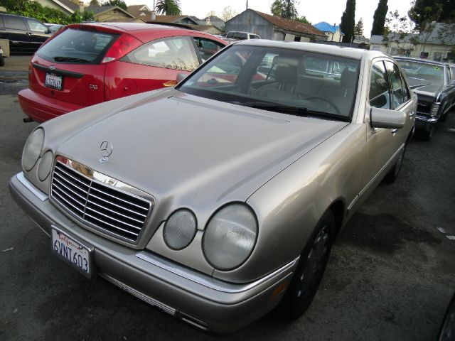 1996 MERCEDES-BENZ E-CLASS E320 gold abs brakesair conditioningalloy wheelsanti-brake system 4