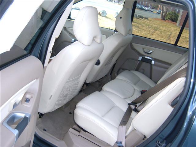 Image 32 of 2008 Volvo XC90 Premium,…