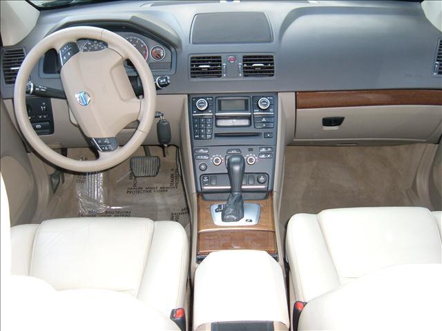 Image 36 of 2008 Volvo XC90 Premium,…