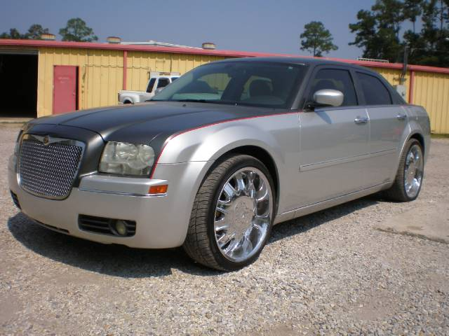 old chrysler 300 used cars for sale. Cars Review. Best American Auto & Cars Review