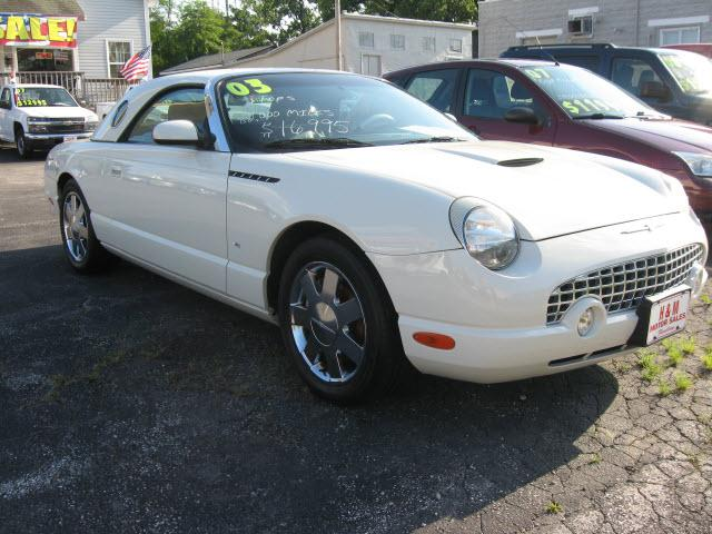 Image 1 of 2003 Ford Thunderbird…