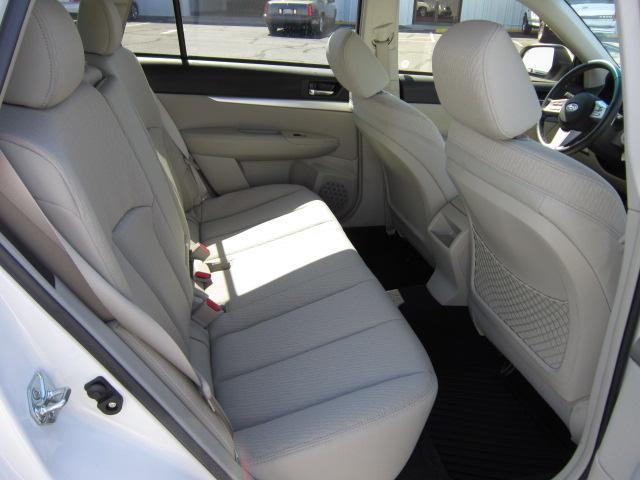 Image 3 of 2010 Subaru Outback…