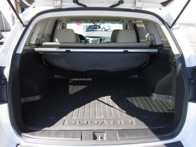 Image 4 of 2010 Subaru Outback…
