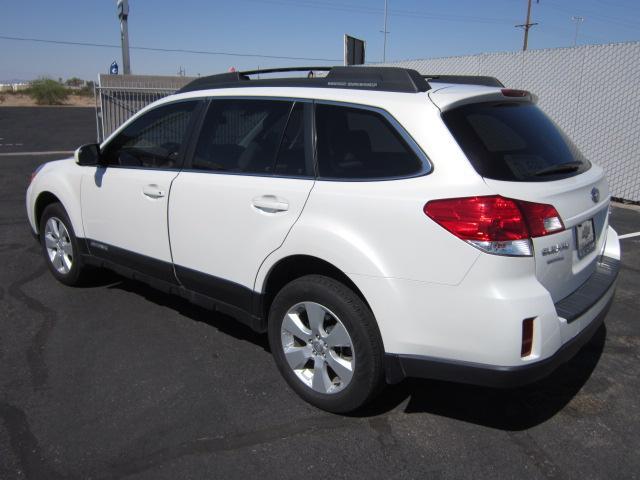 Image 12 of 2010 Subaru Outback…