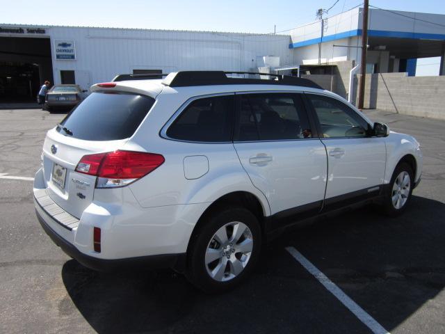 Image 15 of 2010 Subaru Outback…