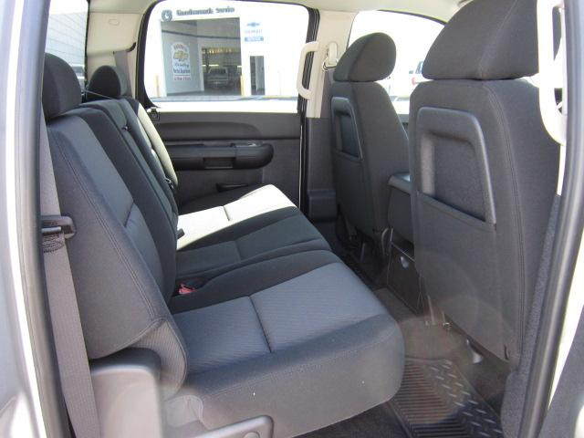 Image 4 of 2011 Chevrolet Silverado…